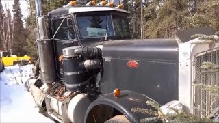 The Ecstasy of Iron / Old semi trucks