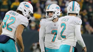 Cold weather didn't stop Miami Dolphins kicker Jason Sanders from scoring at Lambeau Field