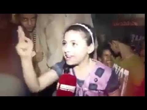 طفله صغيره دافع عن فلسطين