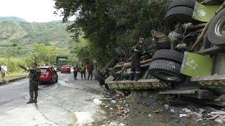 Al menos ocho muertos por accidente de autobús en Colombia | AFP