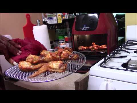 How many degrees do you bake chicken wings in air fryer