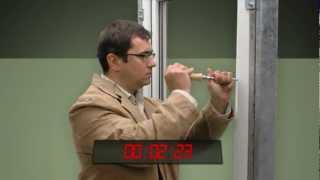 bezpečnostný test | plastové okná | eurookná | okenné kovanie MACO (čítajte mako)
