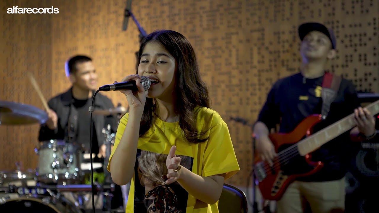Ashira Zamita - Ku Cinta Nanti Live Session #1