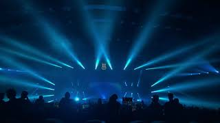 Скачать Cosmic Gate Arnej No Strings Attached Live At EVC 2017 Mumbai Playing By Markus Schulz