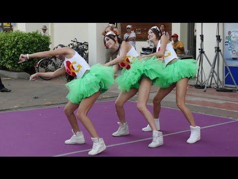 Hot Q Girls Dance in 4K. Computer Expo NCKU Tainan. First Meet.