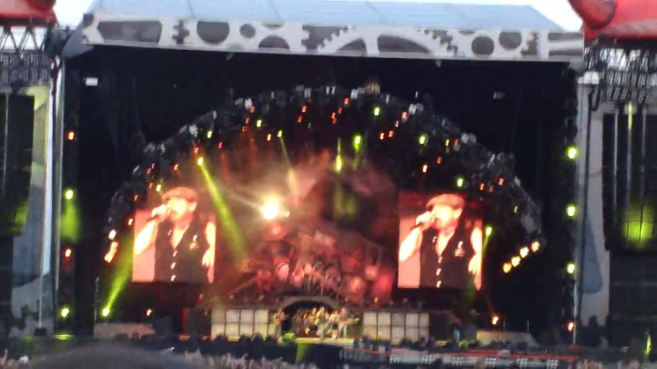 AC/DC High Voltage Live Download Festival 2010 11/06/2010 Donnington Park  720p HD