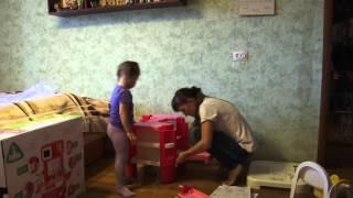 сборка детской кухни всей семьёй(сборка детской кухни всей семьёй., 2014-11-04T15:44:28.000Z)