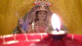 AARTI - MAHA LAXMI MAA DIWALI AARTI (With Real Aarti Flame)