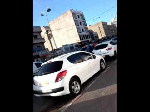 marché  informel  de vente de voitures  ;Les  castors  Oran