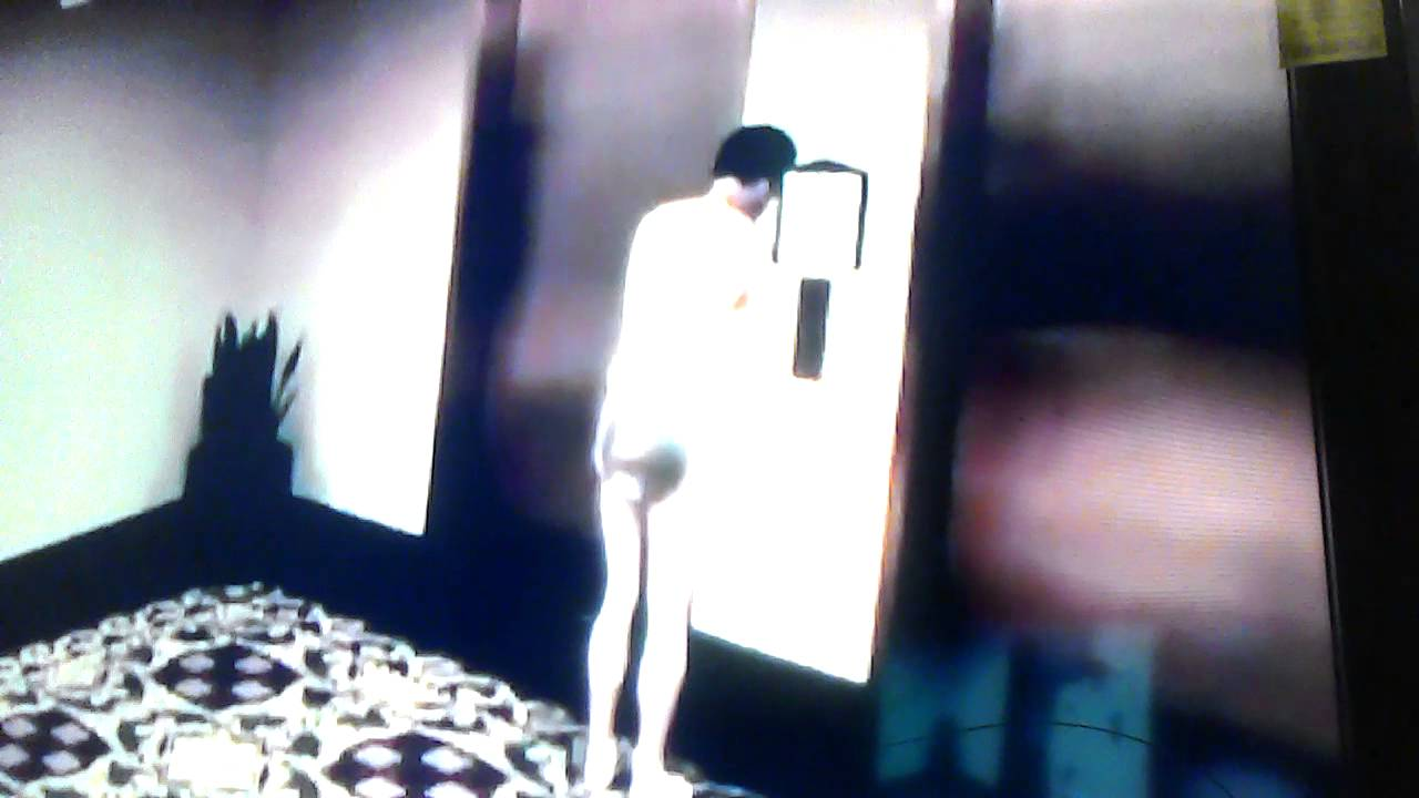 Man gets locked out of hotel room NAKED - YouTube
