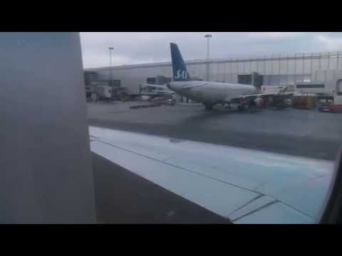 Approach and landing in Copenhagen (SAS Scandinavian MD87) *With ATC*
