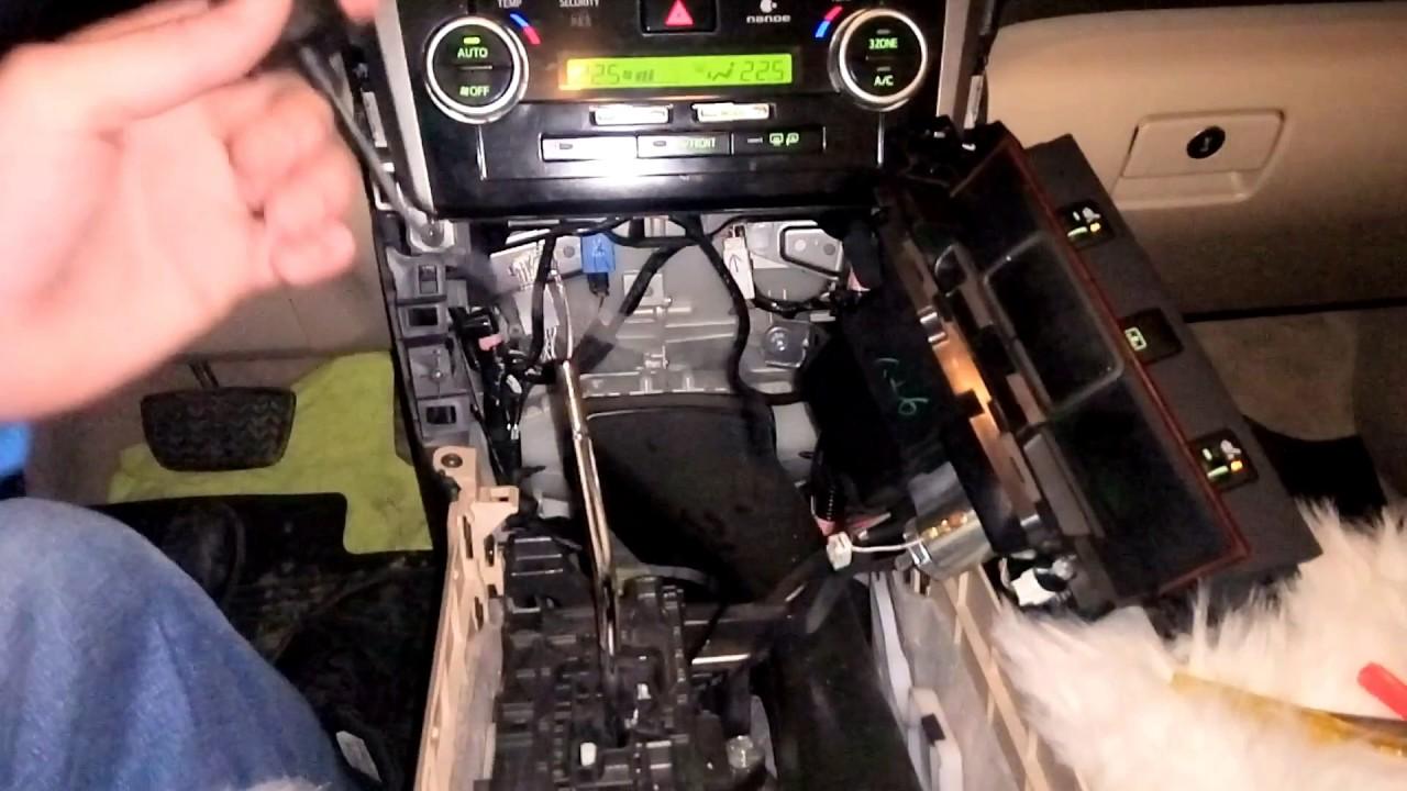 Скрытая установка видео регистратора TOYOTA CAMRY V50