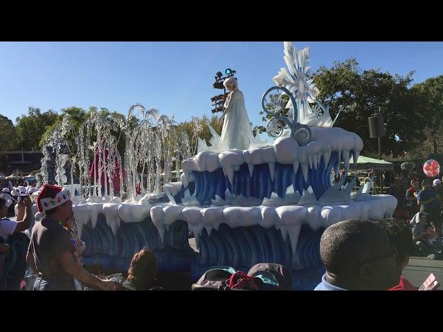 'A Christmas Fantasy' Parade 2017 (FULL) | Disneyland in Anaheim, CA