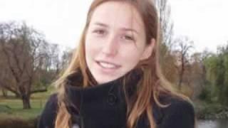 A Ophelie Bretnacher