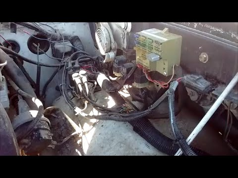 Replacing Fusible links with fuses 1 gen Dodge Cummins - YouTube