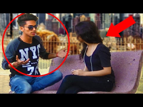 STARBUCKS CELEBRITY GOLD Digger Prank in India