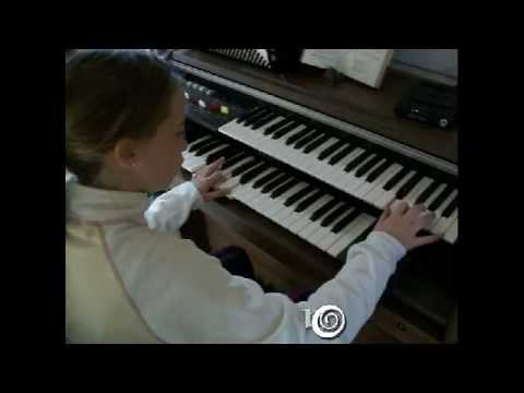 Stille Ro  /  Peace and  quiet _  electronic organ _FridaMaria