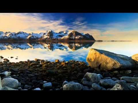 The Arctic Light - M O U N T A I N S