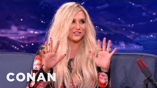 Ke$ha Writes Music With Her Boobs - CONAN on TBS