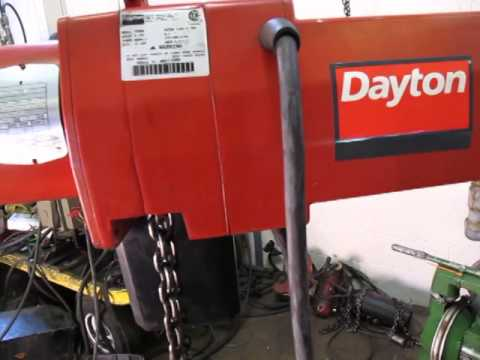 Dayton 2 Ton Electric Chain Hoist 3yb82 10 Foot Lift Youtube