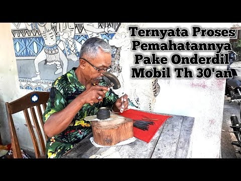 proses-pembuatan-wayang-kulit-&-batik-hiasan-dinding-|-yogyakarta