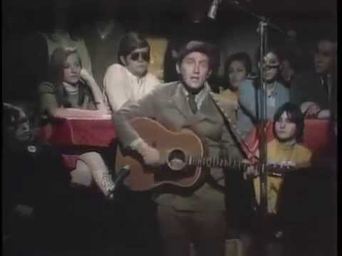 Phil Ochs - I Ain't Marching Anymore (Live)