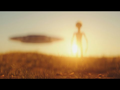 """The UFO Phenomenon Seems To """"Preselect"""" Its Observers, According To Researcher (video)"""