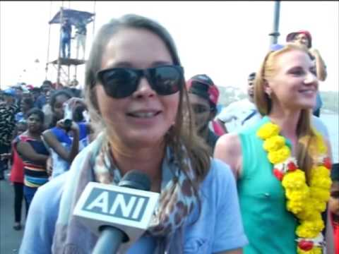 Colourful carnival draws hundreds of tourists in India's Goa