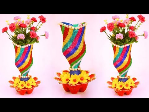 How to Transform Plastic Bottle into luxurious Flower Vase/Plastic Bottle Flower Vase Idea at Home