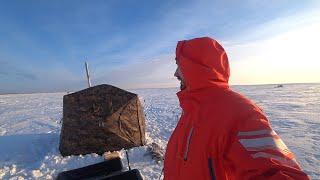 Рыбалка на КАРАСЯ зимой с комфортом Карась клюет как с пулемета Зимняя палатка с печкой