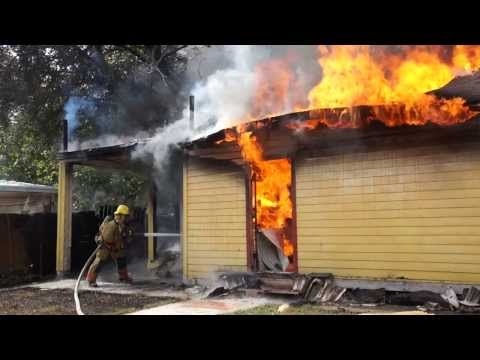 Tampa Fire Rescue Responds to Fully Engulfed Structure Fire