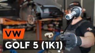 Hvordan udskiftes stabilisatorstag foran / stabstag foran on VW GOLF 5 (1K1) [GUIDE AUTODOC]