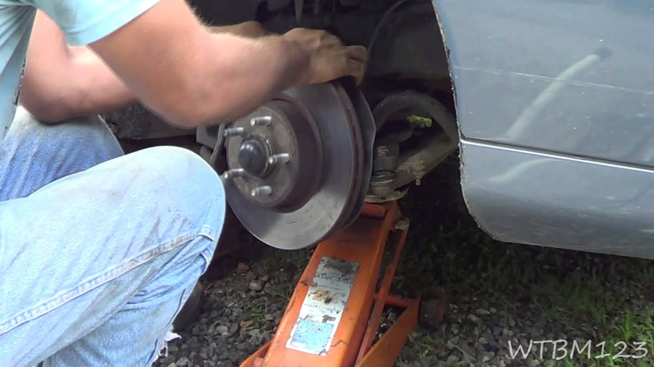 Ball Joint Comes Apart 99 Lincoln Town Car Youtube