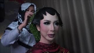 Tutorial Rias Solo Putri Paes dan Sanggul Pandan by Ibu Ratna