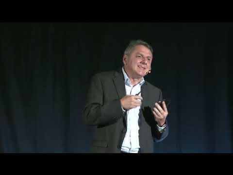 TEDx Talks: El Futuro es Hoy | Javier Chaves | TEDxPuraVidaSalon