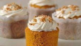 How To: Cooking Pumpkin Cupcakes