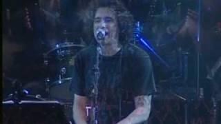La Libertad -Andrés Calamaro- En vivo Made in Argentina 2005.
