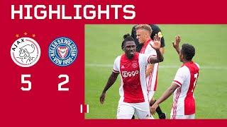 Ajax speelde z'n 5de oefenwedstrijd in de voorbereiding op het seizoen 2020/2021 tegen holstein kiel, dat uitkomt 2de niveau duitsland.#ajahol #pre...