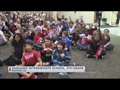 Rob Fowler visits the 4th graders at Sangaree Intermediate School for Weather 101