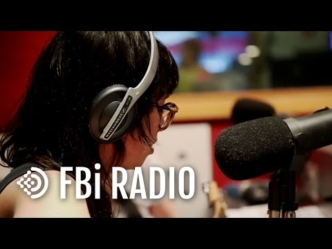 Caitlin Park 'Hold Your Gaze' - FBi Radio Live In The Studio