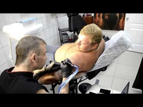 Тату Медведь с медвежатами! Эпический ролик! Юрга TVK Tattoo Club!