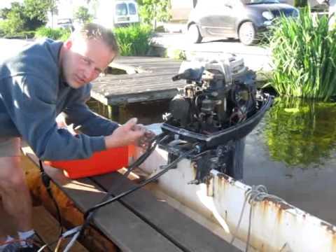 Video1 yamaha moteur hors bord 40 chevaux demarrage avec for Housse moteur hors bord mercury