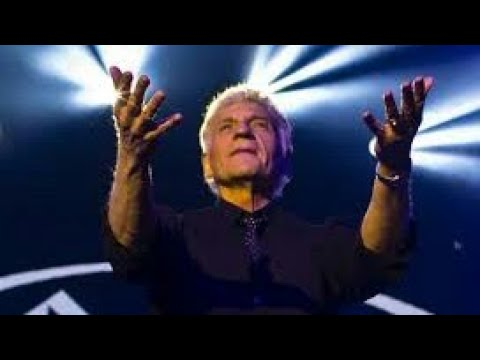 Dennis DeYoung Says Goodbye To Roseland and Styx