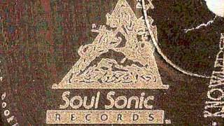 Hugh EMC - Let The Beat Flow - 1990