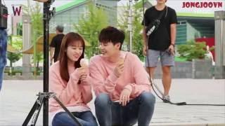 Lee Jong Suk - Han Hyo Joo Moment in BTS Ep 13