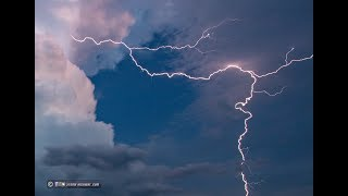 """Lightning """"Bolts from the Blue"""" strike MILES away from a thunderstorm!"""