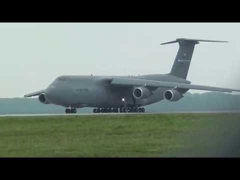 *QUICK TAKEOFF* Massive Lockheed Martin C-5M Super Galaxy Takeoff from Dover AFB!
