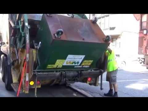 Waste Management  310958 ~ Mack MRU McNeilus Rear Loader