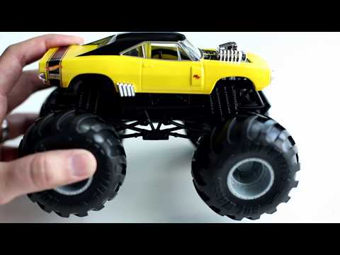 Dodge Charger R T Hot Wheels Monster Trucks 1 24 Scale Youtube