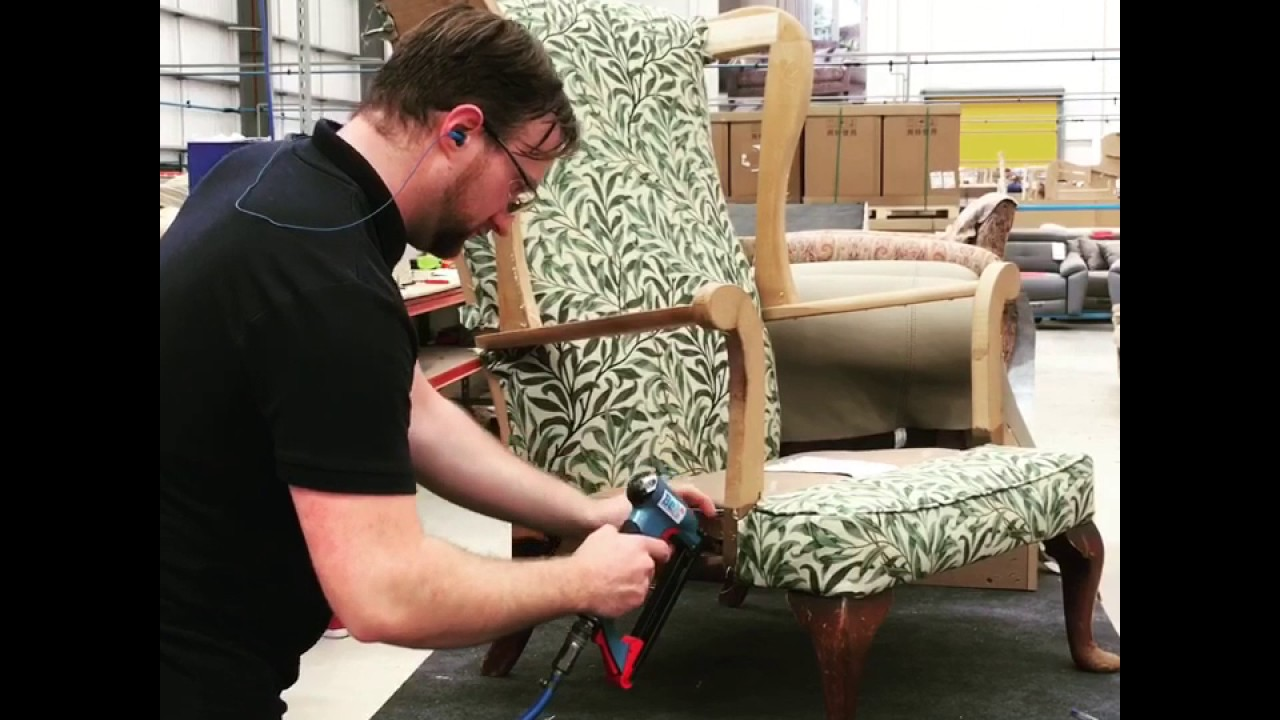 apprentice daniel reupholstering my parker knoll chair youtube